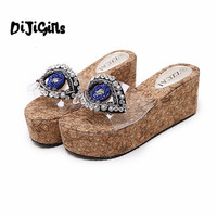 2017 Vogue Rhinestones Eye Slippers Women Sandals On A Wedge Cork Slippers Beach Platform Sandals Transparent