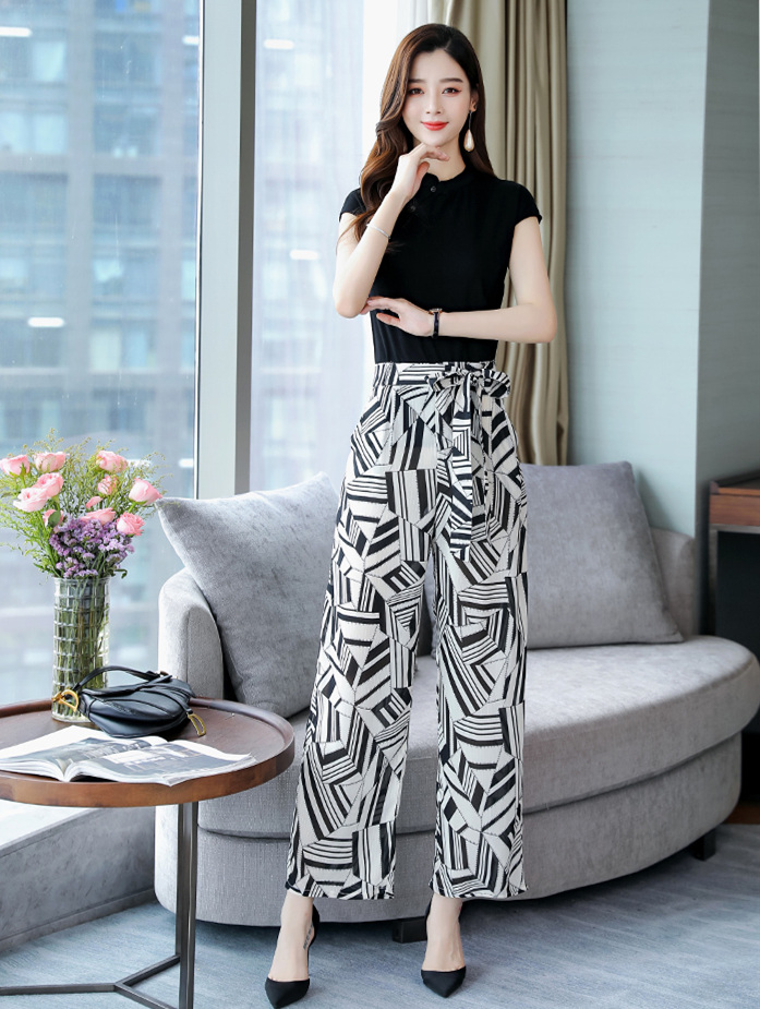 2019 Summer Elegant Two Piece Sets Outfits Women Plus Size Short Sleeve T-shirts And Printed Wide Leg Pants With Belt Suits Sets 26