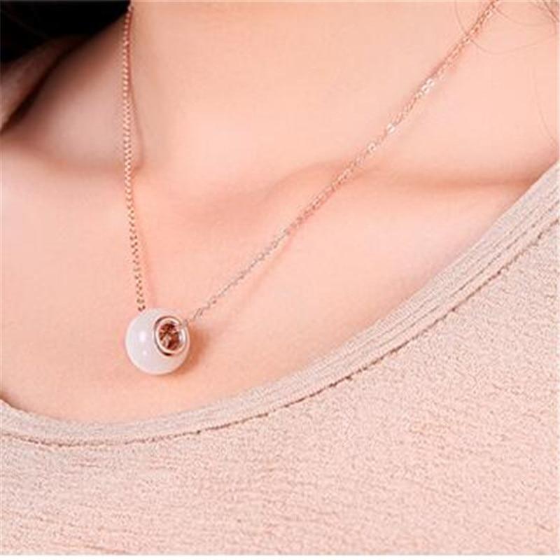 Korean version retro cat 's eye stone hollow beaded pendant necklace beads sweater chain women girls fashion jewelry accessories