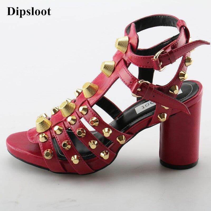 Dipsloot 2018 Chaussures Sexy Boucle Rome rouge Style Chunky Toe Métal Peep Sangle Robe Talons Noir Partie D'été Sandales Femme Embelli qTTgxrd
