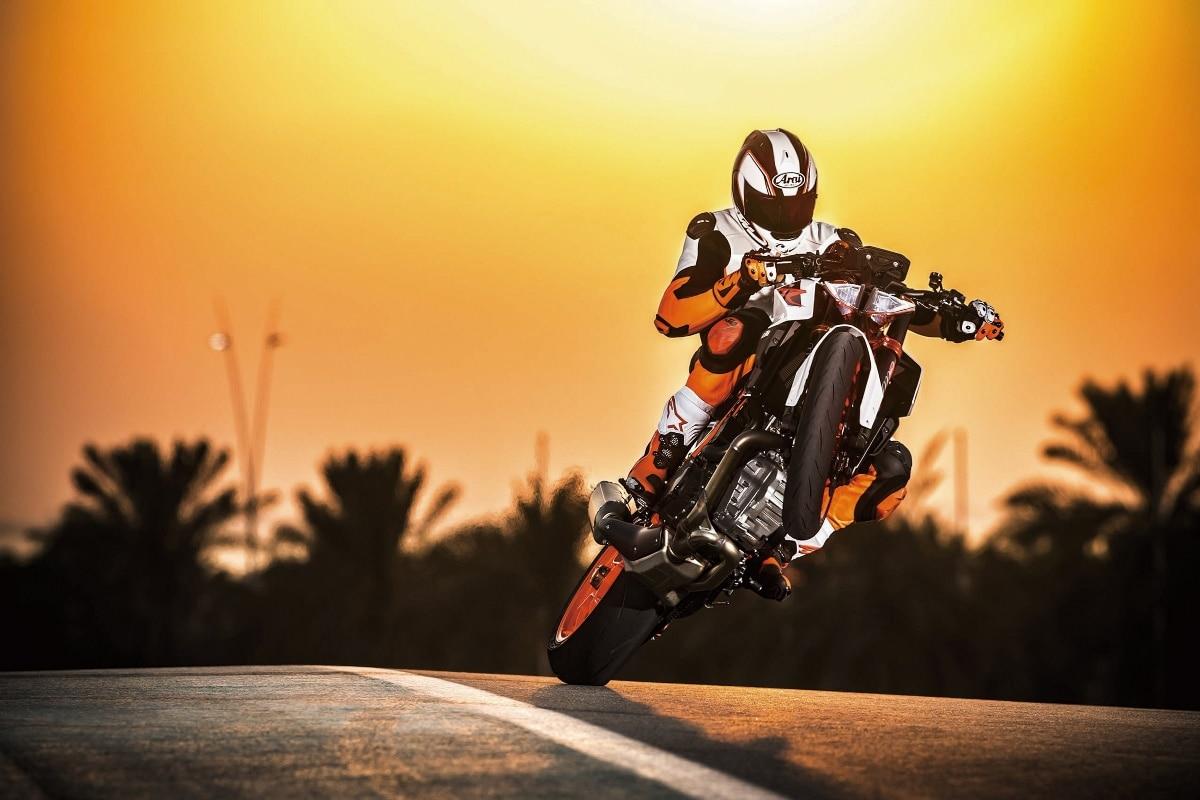 super motorcycle motorbike sunset racing track landscape KB143 ...