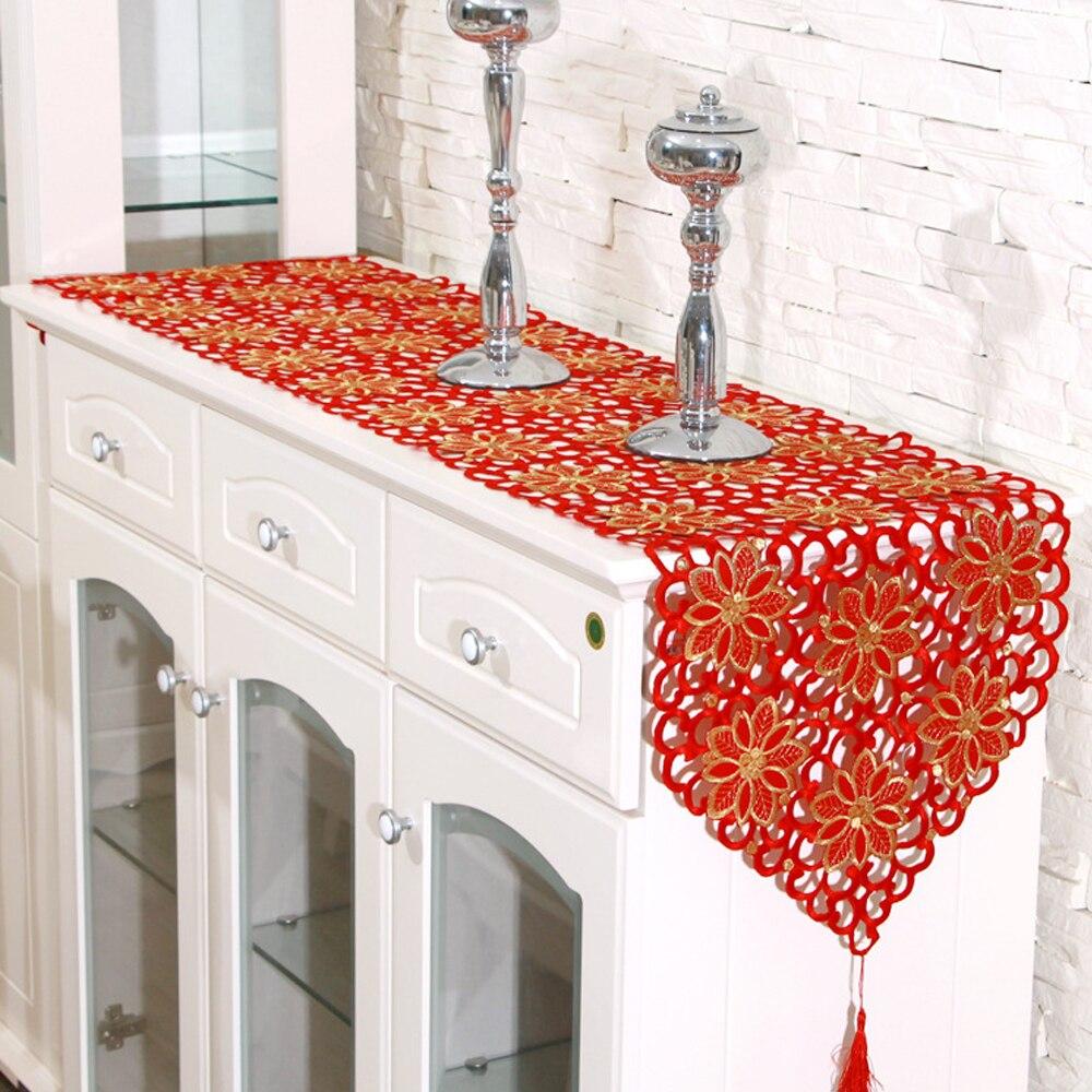 yazi rouge chemin de table brodé fleur cutwork Évider tissu nappe de