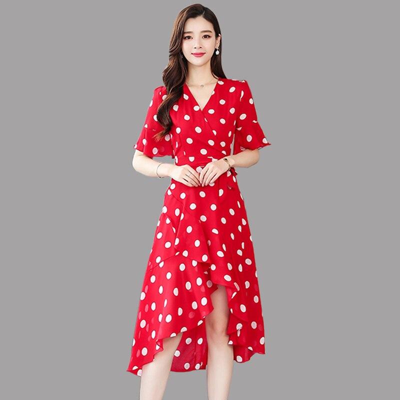 2019 été Vintage Dot robe femmes mode en mousseline de soie Flare manches robe femmes rouge tempérament v-cou volants longue robe