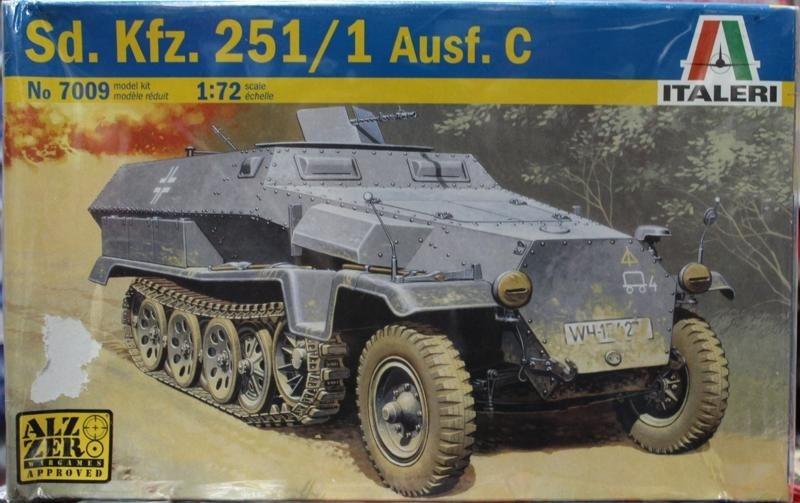 7009 1/72 Sd.Kfz. 251 Semi Tracked Armored Vehicles