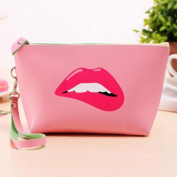 b83724c1fe30 US $2.61 34% OFF Brand New Cute Cosmetic Makeup Bag Purse Wash Organizer  Pouch Pencil Case Traveling Bags LT88-in Cosmetic Bags & Cases from Luggage  & ...