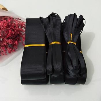 10 ярдов (9 метров) Выберите Размер 6 мм 9 мм 15 мм 19 мм 25 мм 38 мм 50 мм ширина черный 100% полиэстер сплошной цвет Grosgrain ленты