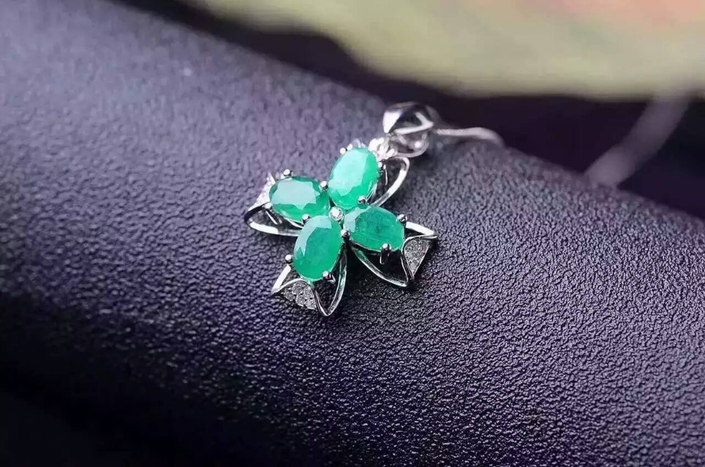 natural green emerald pendant S925 Sterling silver Natural gemstone Pendant Necklace trendy love Clover women girl