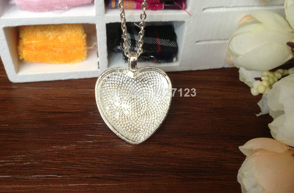 15 sets Silver plated Color Pendant Trays 25mm Heart bezel Cup Cabochon Mountings with matched Glass Cabs and Chain with clasp