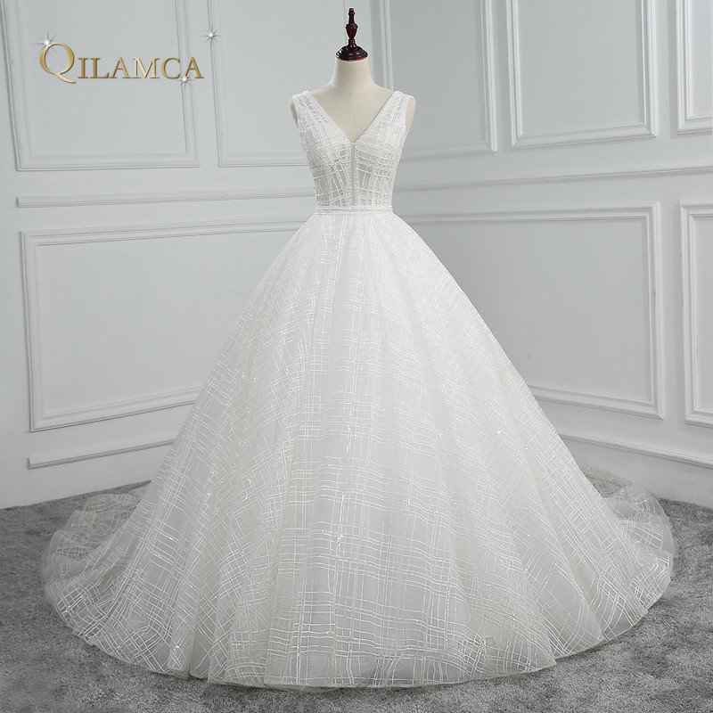 Newest Backless Wedding Dresses Sexy V Neck Sleeveless Bridal Gown Vestido de noiva 2018