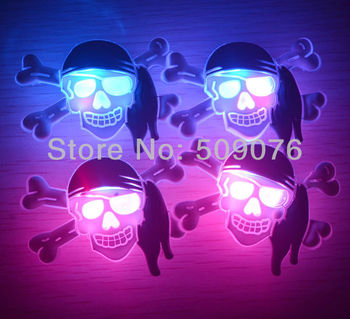 Free shipping 90pcs/lot 3pcs light soft rubber hallween breast plate LED flash Badge Button Pin for halloween decorations