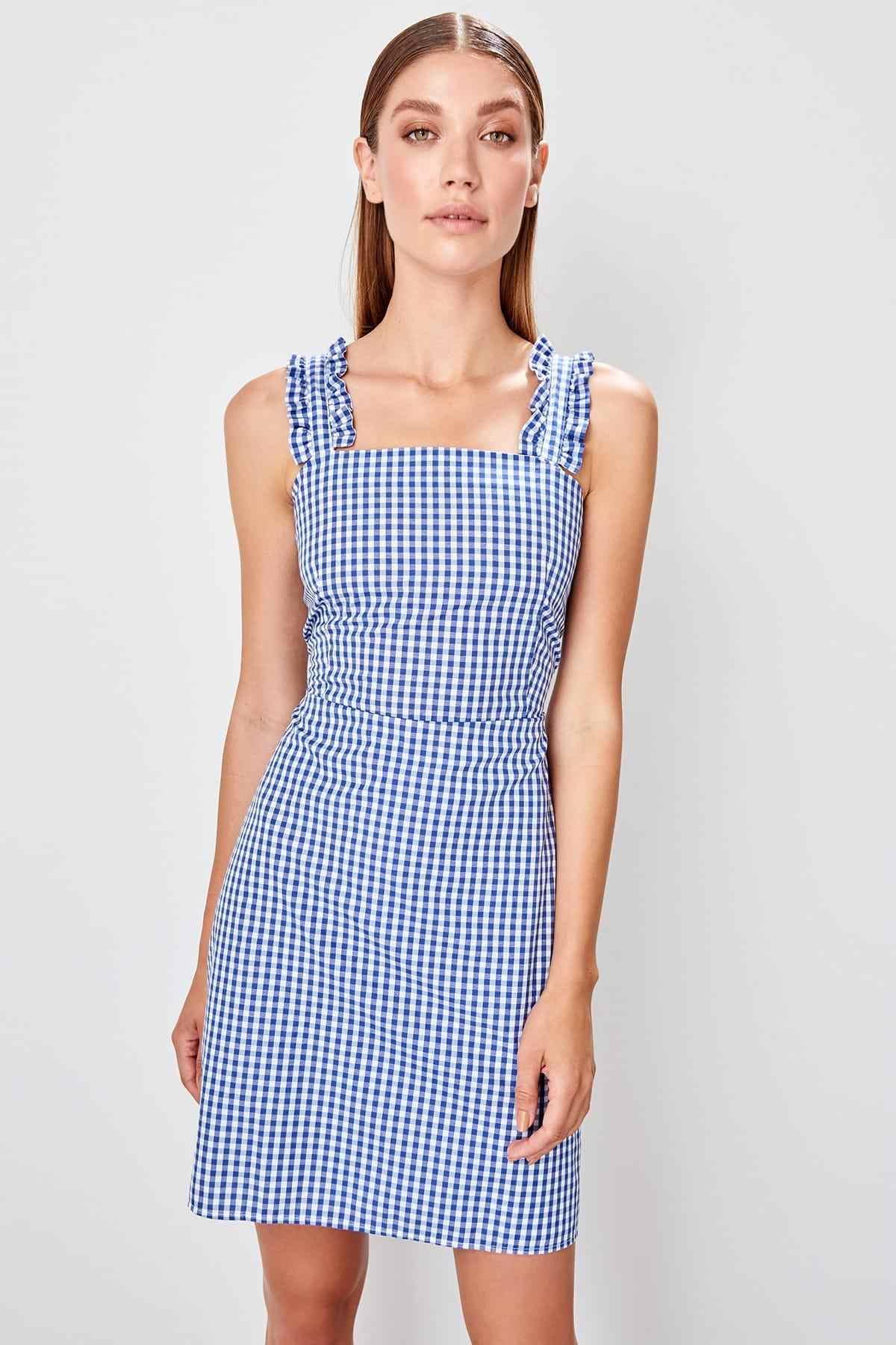 Trendyol темно-синее клетчатое платье TWOSS19EL0513