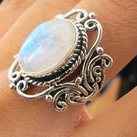 Vintage grandes Anillos de piedra lunar Ovalada para mujeres Boho joyería étnica antigua plata patrón dedo anillo Bague Anillos Mujer L4T047
