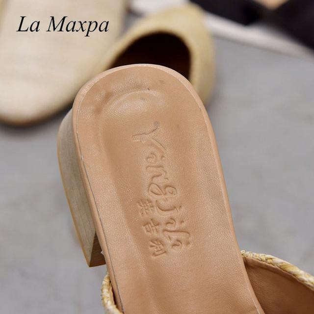La MaxPa Women Cane Weave Mules Round Toe Flat Heel Sandals Slip On Slides Summer Slippers Size 35-40 Round Toe Straw Flat Heel
