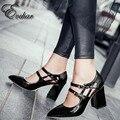 Nuevo Diseño de los pies en punta gruesa de tacón alto bombas de cuero de patente de las mujeres zapatos de tacón alto de la señora zapatos de hebilla doble nueva moda tamaño grande 33-43