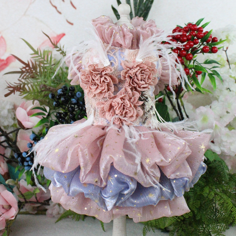 Pet Dog Dress Lace Embroidered Short Style Princess Wedding Dress Three-Dimensional Flower Adorn Feather For Small Dogs Skirt