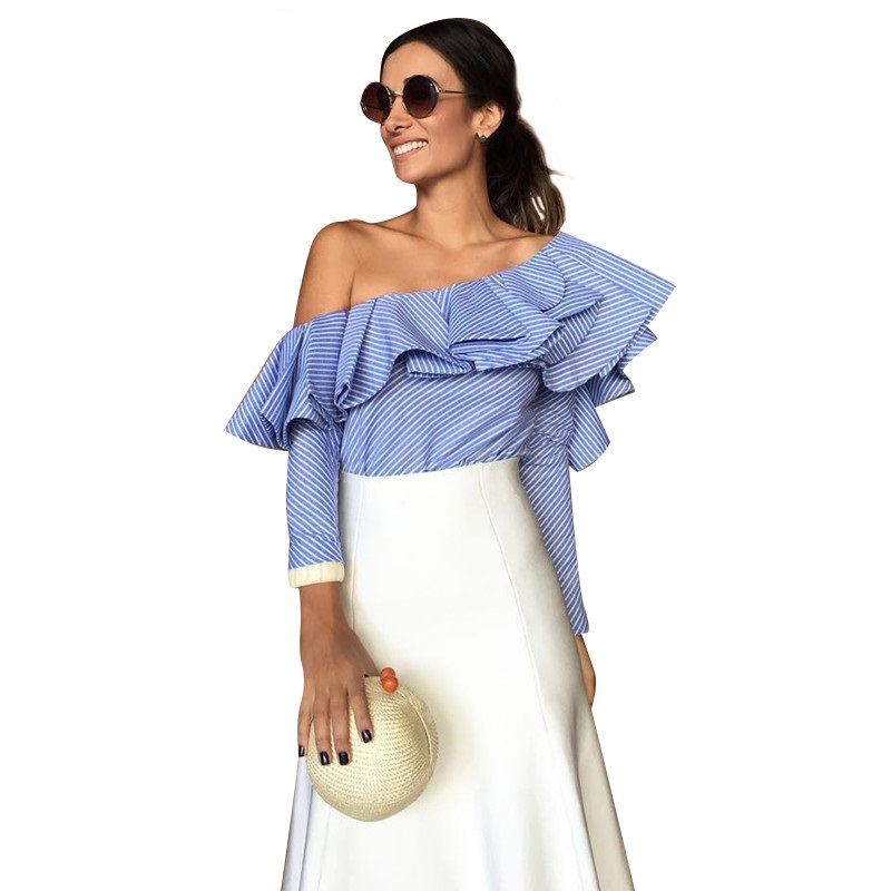 Блузка-рубашка с открытой шеей фото