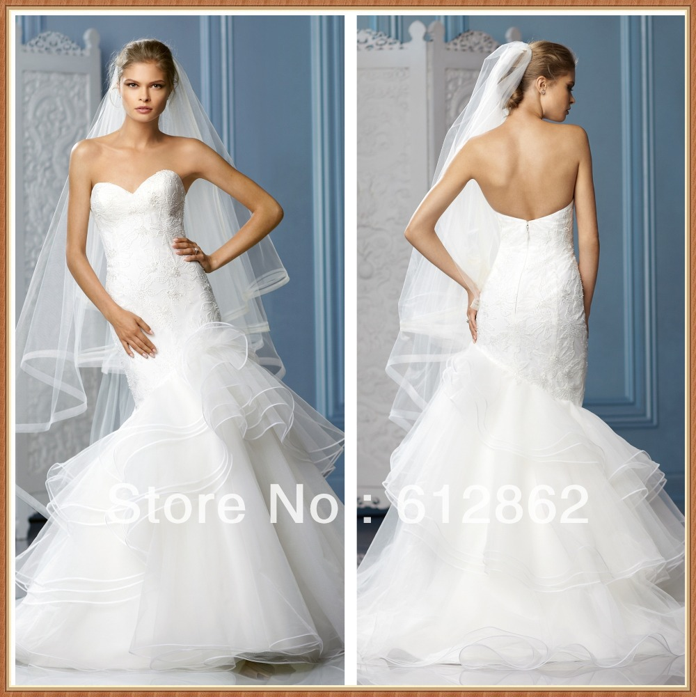 Lace Mermaid Wedding Gown With Tulle Skirt: Elegant Mermaid Sweetheart Neckline Lace Bodice Tiered