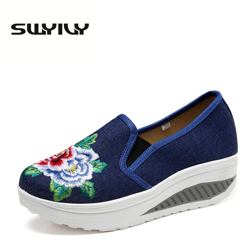 Canvas Breathable Flower Embroidered Women Toning Shoes 2017 Autumn Wedges Height Increased font b Loss b