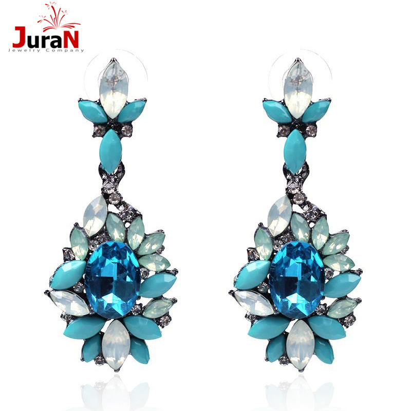 Wholesale 2018 Good Quality Trend Fashion Crystal Stud Earring Vintage Statement Fashion Earring For Women New Accessories C2209