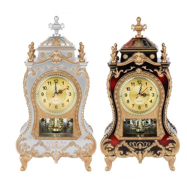クリエイティブヴィンテージデスクレトロ時計古典的なロイヤリティリビングルームのテレビキャビネットデスク帝国家具座る振り子時計デスク & テーブルクロック