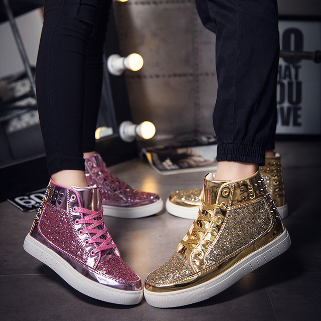 buy popular 4db75 2e90e US $45.99 |Golden Skateboarding Shoes 2018 Women Men Superstars Goose  Christian High top Sequins Hairstylist Couple Loubout shoes krasovki -in ...