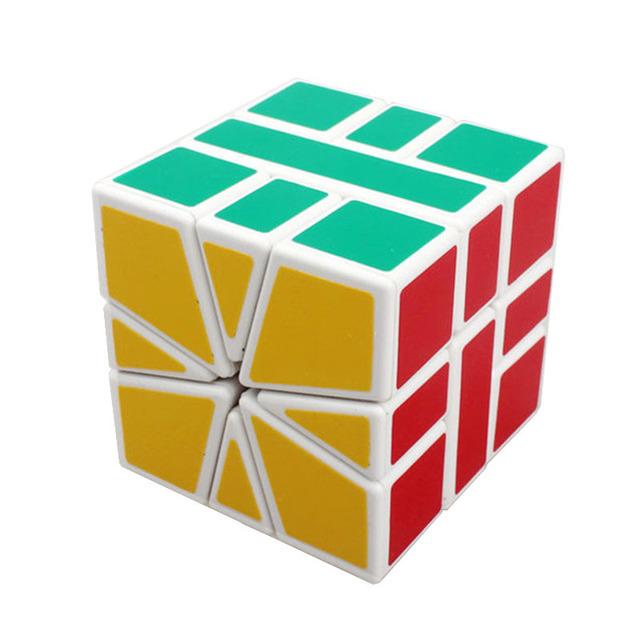 Nuevo 2015 a estrenar Shengshou SQ1 Cubo negro blanco Cubo mágico rompecabezas profesional de la velocidad educativos juguete especial
