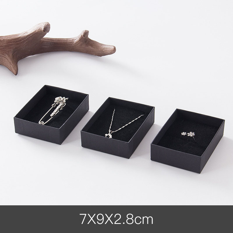 1 Pcs Square Jewelry Display Gifts Box Holder Black Red White Kraft Paper Organizer Engagement Ring for Brooch Necklace Bracelet