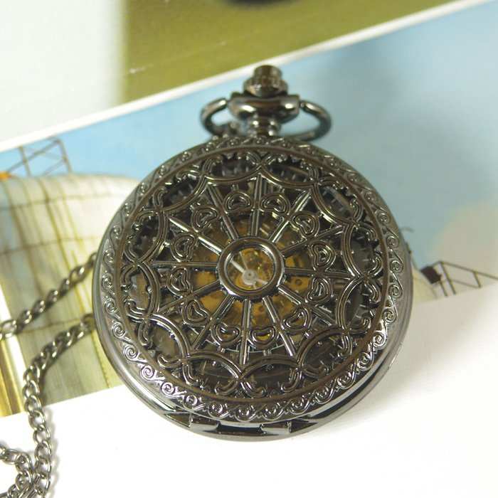 2017 drop shipping hot sale wholesale mens Antique Mechanical Pocket Watch Necklace black Spider-Web net hand wind chain steel