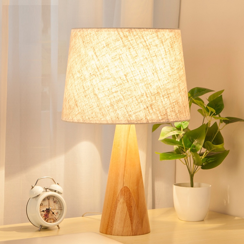 LukLoy Nordic Bedroom Bedside Table Lamp Eye Protection Simple Living Room Study Solid Wood Warm Light LED American Table Lamp ноутбук dell alienware 15 r3 core i7 7700hq 16gb 1tb 512gb ssd nv gtx 1070 8gb 15 6 uhd win10 silver