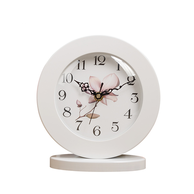 6 Inch White Classic Wooden Silent Table Clock Retro creative Art Desk Clock Home decro