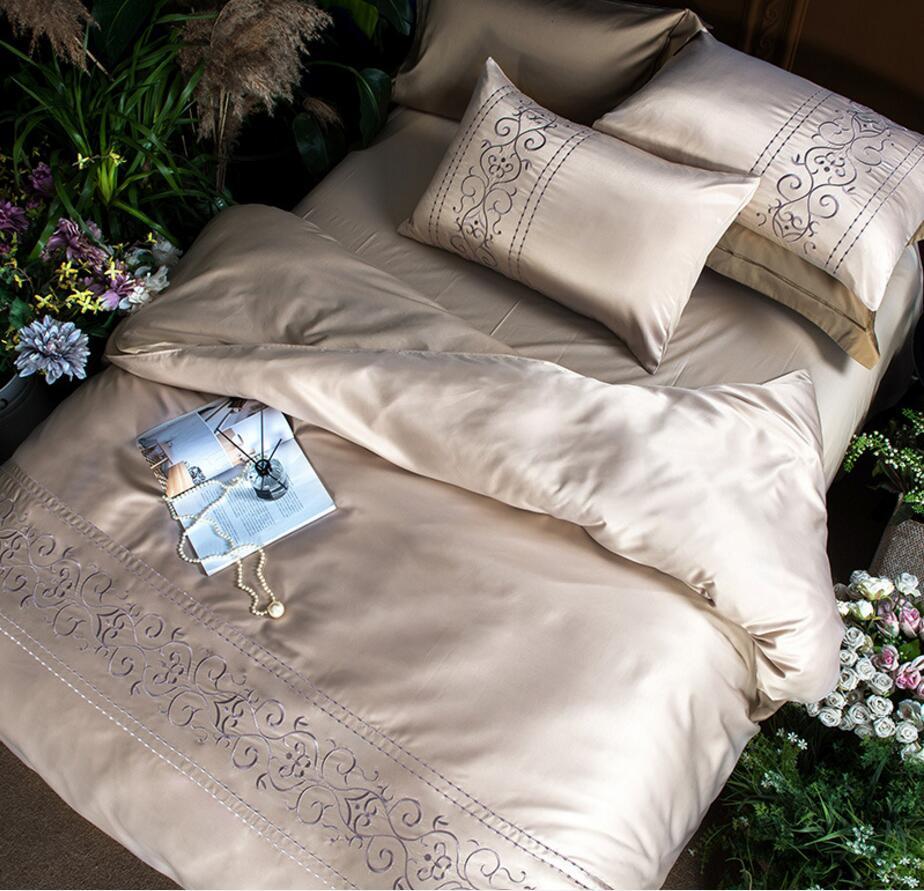 Ensembles de housse de couette brodée king queen taille 4 pièces couverture de lit en Satin doux couleur unie literie draps draps taies d'oreiller