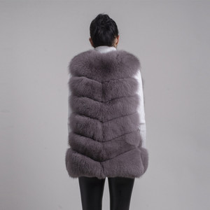 Image 3 - QIUCHEN PJ8049 2020 New arrival Hot Sale real Fox Fur Vest Authentic Fashion Perfect With High Heels Quality Solid