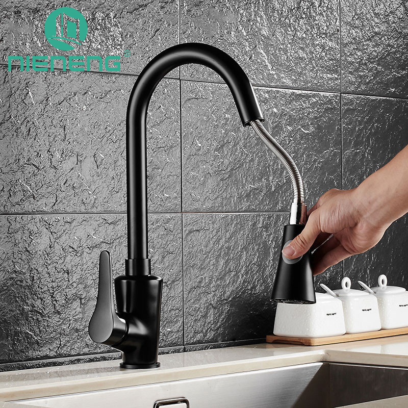 Nieneng Hot Sale Black Painting Pull Out Kitchen Faucet 360 Degree Rotating Brass Kitchen Sink Tap