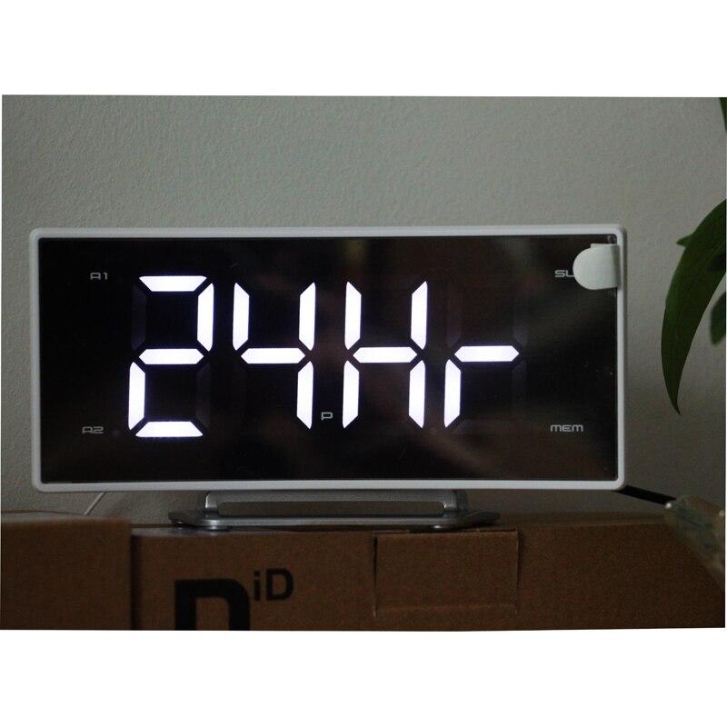 LED numérique moderne horloge numérique FM Radio Projection réveils bureau grand nombre affichage pour la décoration de la maison