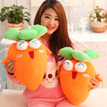 O envio gratuito de Personalidade De Rabanete Frutas Brinquedos de Pelúcia 3D Almofadas Almofadas De Pelúcia Presentes Brinquedo Macio Para Crianças E Meninas