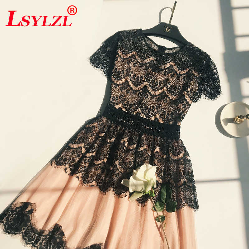 High Quality Women Lace Dress 2018 New Fashion Design Summer Short sleeve Cute A-line Party Dresses C57