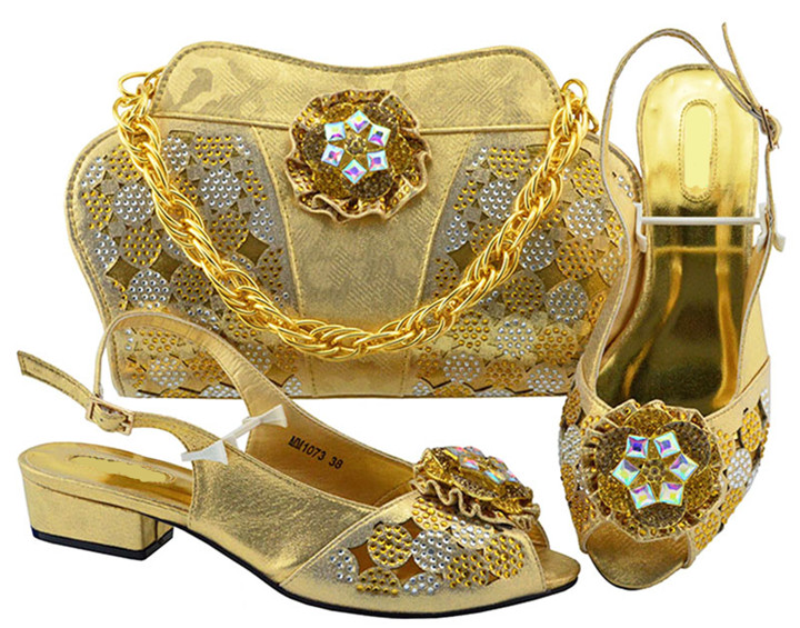 7d76f4766239c Wonderful purple women kitten heel shoes with crystal flower design african  shoes match handbag set for dress MM1073,heel 3.5CM-in Women's Pumps from  Shoes ...