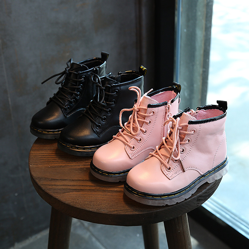 Genuine Leather Childrens Martin Boots 2018 New Korean Girl Boots Boys Lace-up Cowhide Baby Boots Winter Cotton ShoesGenuine Leather Childrens Martin Boots 2018 New Korean Girl Boots Boys Lace-up Cowhide Baby Boots Winter Cotton Shoes
