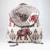 2017 Fashion National Women Tapestry Elephant Tree Floral Pocket Canvas Belt Backpacks Rucksack Bags Casual Travel