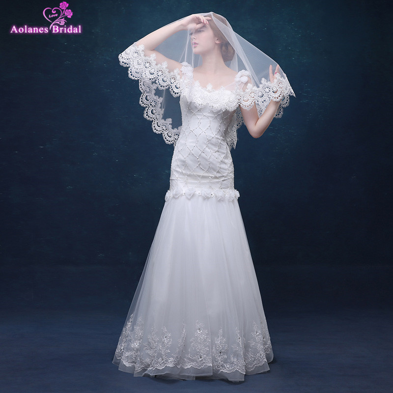 AOLANES Wholesale White Bridal Veils Short One-Layer Lace Edge Wedding Veils Cheap In Stock Wedding Accessories 2017