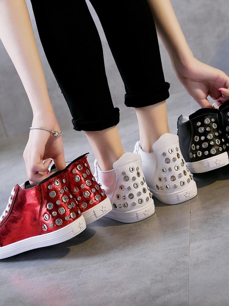 ماجي ووكر جديد وصول النساء حذاء كاجوال جلد طبيعي جلد الربيع أحذية منصة عالية أعلى أحذية مشي حجم 35  40-في أحذية مطاطية نسائية من أحذية على  مجموعة 2
