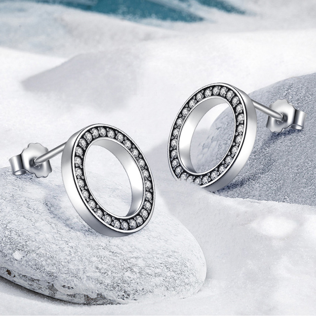 Circular Stud Earrings With Zirconia Pave Setting