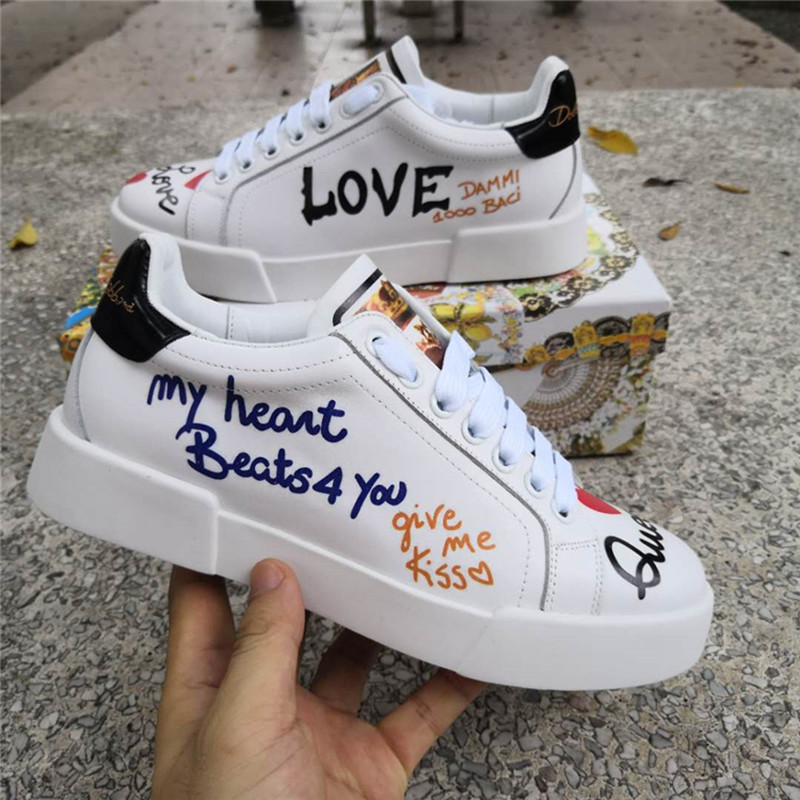 Lettres Graffiti baskets femme en cuir véritable grande taille Floral femme chaussures décontractées à la main Tennis appartements Feminin blanc chaussures