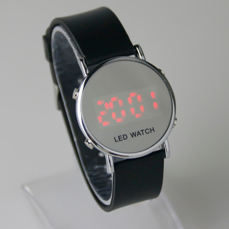 Watches 2018 New Fashion Touch Screen Led Bracelet Digital Watches For Men&ladies&child Clock Womens Wrist Watch Sports Wristwatch Saat