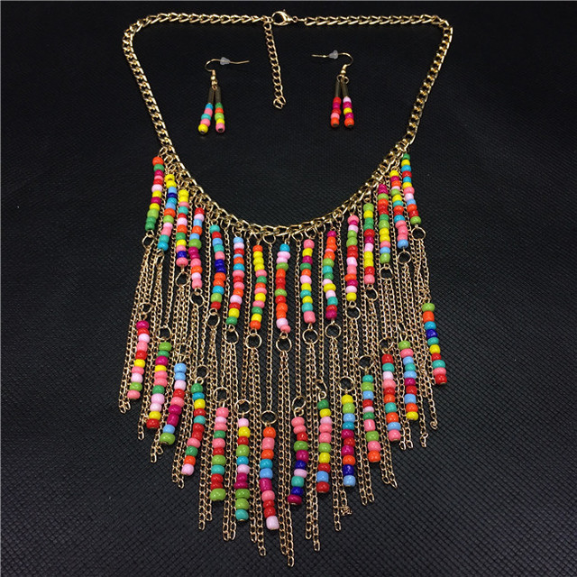 Nueva bohemia estilo étnico hechos a mano de Color perla de grandes larga  borla aleación de