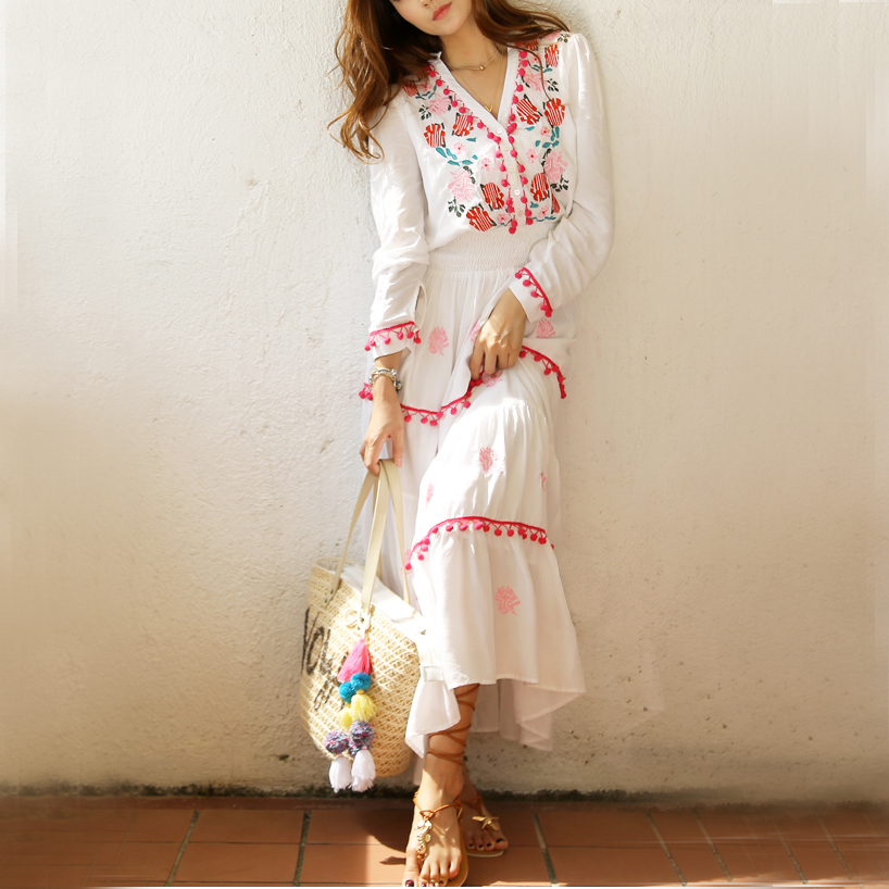Flower Embroidery Maxi Dress Summer V-neck Sexy Long Sleeve Sunscreen Bohemian Hippie Chic Ethnic Holiday Beach Dresses Womens