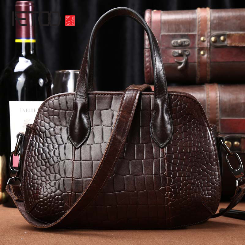 AETOO The new first layer of cowhide ladies shoulder Messenger fashion bag leather crocodile pattern handbag handbags aetoo first layer of leather korean version of the tide ladies oil wax leather handbag ladies shoulder messenger bag