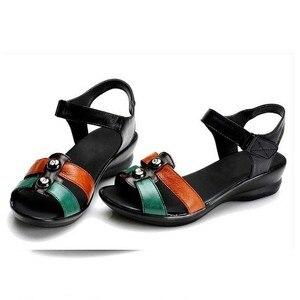 Image 5 - BEYARNE 2018 קיץ נשים אמיתי עור סנדלי טריזי נעליים נוח נשי סנדלי נעלי אמא בתוספת גודל (35 42)