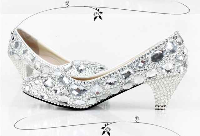 2018 Handmade Round Toe Shining Crystal Wedding Shoes Rhinestone Party Shoes  Custom-made High heel Silver Women Dress Shoes 4935f971ba59