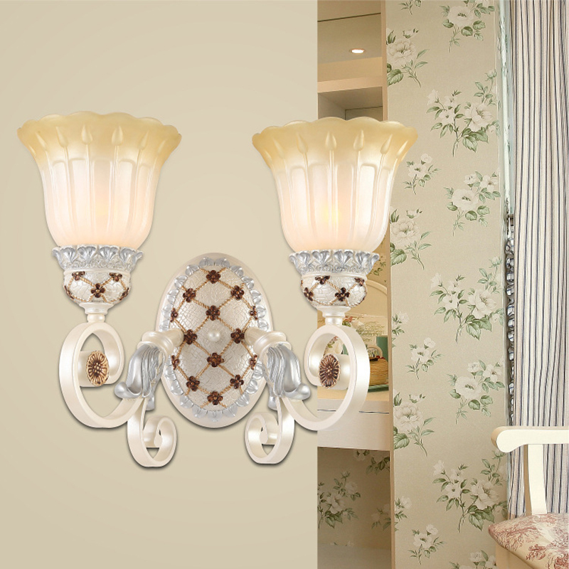 ФОТО Luxury Europe Resin Wall lamp Bedroom Lamp E27 Socket Well Package lustres para quarto Glass Lampshade